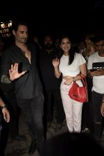 Sunny Leone, Daniel Webber Spotted At B Lounge In Juhu on 11th Aug 2018 (9)_5b712dae7389c.JPG