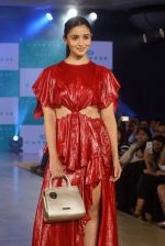 Alia Bhatt at the launch of Caprese bags new collection in Mumbai on Aug 13, 2018 (254)_5b727e66a44c4.JPG
