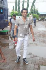 Bobby Deol promote Yamla Pagla Deewana Phir Se on sets of Dance Deewane on 13th Aug 2018 (72)_5b727d88e851e.JPG