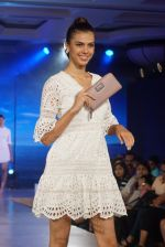 at the launch of Caprese bags new collection in Mumbai on Aug 13, 2018 (363)_5b727ee068c2c.JPG