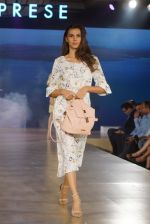 at the launch of Caprese bags new collection in Mumbai on Aug 13, 2018 (403)_5b727f694a52c.JPG