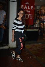 Aditi Rao Hydari spotted at Bastian bandra on 15th Aug 2018 (12)_5b752a1fa9222.JPG