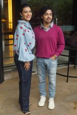 Kajol, Riddhi Sen Spotted At Intreview Of Helicopter Eela on 16th Oct 2018 (15)_5b758798cb57e.JPG