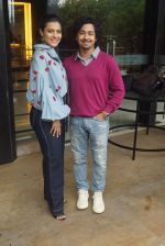 Kajol, Riddhi Sen Spotted At Intreview Of Helicopter Eela on 16th Oct 2018 (20)_5b7587a2cf57f.JPG