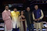Manoj Tiwari on sony_s Indian Idol set at Yashraj, andheri on 14th Aug 2018 (15)_5b75199cd6f6f.JPG