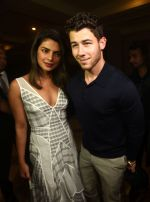 Priyanka Chopra & Nick Jonas at jw marriott juhu on 17th Aug 2018 (1)_5b7a6ab6afa73.jpg