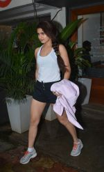 Fatima Sana Shaikh Spotted at Sequel Bistro at Bandra on 19th Aug 2018 (11)_5b7a74b4095cd.jpg