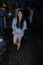 Radhika Madan spotted at Bblunt in Khar on 16th Aug 2018 (4)_5b7a62123d0d0.JPG