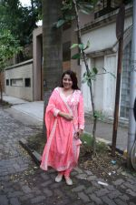 Shrishti Behl at Priyanka Chopra_s house in juhu on 18th Aug 2018 (4)_5b7a6b7d13c4b.JPG