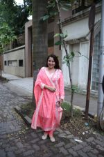 Shrishti Behl at Priyanka Chopra_s house in juhu on 18th Aug 2018 (5)_5b7a6b7fe3ff9.JPG