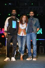Vicky Kaushal, Taapsee Pannu, Abhishek Bachchan at Manmarziyaan Music Concert in NM College In Juhu on 19th Aug 2018 (11)_5b7a746bd32ea.jpg