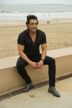 Bobby Deol at the promotion of film Yamla Pagla Deewana Phir Se in Sun n Sand juhu on 20th Aug 2018 (28)_5b7bba26aed84.JPG