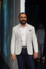 Rahul Bose at PLANETPOSITIVE TENCEL by RAJESH PRATAP SINGH at Lakme Fashion Week on 23rd Aug 2018 (8)_5b816ff40e8f5.JPG