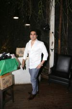 Arbaaz Khan at Fundraiser for Kerala in B lounge juhu on 24th Aug 2018 (2)_5b838572bff10.jpg