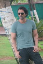 Arjun Rampal at the promotion of film Paltan in Novotel juhu on 23rd Aug 2018 (23)_5b838c80d067b.JPG