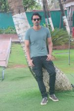 Arjun Rampal at the promotion of film Paltan in Novotel juhu on 23rd Aug 2018 (25)_5b838c552ad25.JPG