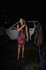 Daisy Shah with mother spotted at Bastian in bandra on 25th Aug 2018 (6)_5b83a82e2654e.JPG