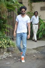 Harshvardhan Kapoor spotted at a clinic in bandra on 24th Aug 2018 (6)_5b83932764816.JPG