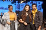 Huma Qureshi, Saqib Saleem at CAPRESE X SHIFT & ARPITA MEHTA at Lakme Fashion Week on 25th AUg 2018 (57)_5b839ccec3419.JPG
