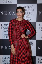 Ihana Dhillon at LAKME FASHION SHOW DAY 3 on 25th Aug 2018 (13)_5b83a8ec3209e.JPG