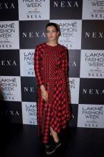 Ihana Dhillon at LAKME FASHION SHOW DAY 3 on 25th Aug 2018 (20)_5b83a8fd137d8.JPG