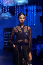 Model at KANIKA GOYAL SHANTI POOCHKI SHOW at Lakme Fashion Show on 25th Aug 2018JPG (117)_5b839ebc862ab.JPG
