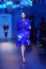 Model at KANIKA GOYAL SHANTI POOCHKI SHOW at Lakme Fashion Show on 25th Aug 2018JPG (128)_5b839edc14465.JPG