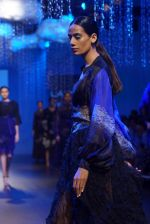 Model at KANIKA GOYAL SHANTI POOCHKI SHOW at Lakme Fashion Show on 25th Aug 2018JPG (135)_5b839eeea5fe1.JPG