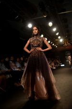 Model at KARTIKEYA MISFIT PANDA SHOW at Lakme Fashion Week on 25th Aug 2018 (158)_5b839f0bf4127.JPG