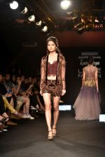 Model at KARTIKEYA MISFIT PANDA SHOW at Lakme Fashion Week on 25th Aug 2018 (163)_5b839f16deb6c.JPG