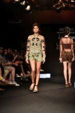 Model at KARTIKEYA MISFIT PANDA SHOW at Lakme Fashion Week on 25th Aug 2018 (164)_5b839f1910cbc.JPG