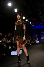 Model at KARTIKEYA MISFIT PANDA SHOW at Lakme Fashion Week on 25th Aug 2018 (187)_5b839f52b8c94.JPG