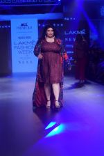 Model walk the ramp for Narendra Kumar at Lakme Fashion Week on 26th Aug 2018