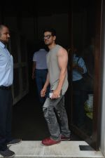 Sooraj Pancholi Spotted At Bastian In Bandra on 26th Aug 2018 (12)_5b83c4cb2dd9e.JPG