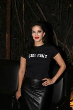 Sunny Leone at Fundraiser for Kerala in B lounge juhu on 24th Aug 2018 (19)_5b838653830f4.jpg