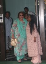 Helen at Arpita Khan_s house in bandra on 27th Aug 2018 (11)_5b84f959b2e2c.JPG