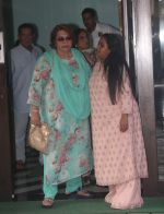 Helen at Arpita Khan_s house in bandra on 27th Aug 2018 (12)_5b84f95c3bb54.JPG