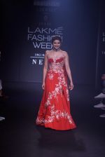 Prachi Desai walk the ramp for 6 degree studio Show at lakme fashion week on 27th Aug 2018 (149)_5b84f2c88f842.JPG