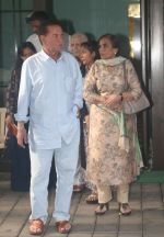 Salim Khan at Arpita Khan_s house in bandra on 27th Aug 2018 (10)_5b84ff2471aab.JPG