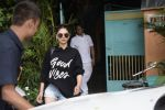 Aditi Rao Hydari Spotted At Versova on 1st Sept 2018 (7)_5b8cdb41e3035.JPG