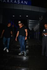 Bobby Deol Spotted At Hakkasan In Bandra on 2nd Sept 2018 (3)_5b8cfa5cc0640.JPG