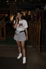 Karishma Sharma Spotted At Juhu on 2nd Sept 2018 (9)_5b8cfaaf7f146.JPG