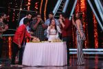 Varun Dhawan on the sets of Indian Idol in Yashraj Studio, Andheri on 4th Sept 2018 (27)_5b8f790fc8de6.JPG