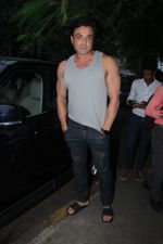 Bobby Deol spotted at bandra on 5th Sept 2018 (6)_5b90d72ecde77.JPG