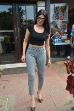 Sherlyn chopra spotted at Bastian bandra on 5th Sept 2018 (17)_5b90d7f3f40f4.JPG