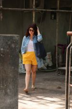 Twinkle Khanna at kromakay salon in juhu on 5th Sept 2018 (4)_5b90d80424029.jpg