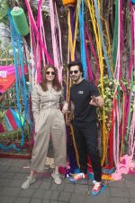 Varun Dhawan, Anushka Sharma promote Sui Dhaaga at wilson college ,Churni road on 6th Sept 2018