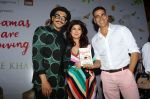 Akshay Kumar, Twinkle Khanna, Ranveer Singh at the Launch Of Twinkle Khanna_s Book Pyjamas Are Forgiving in Taj Lands End Bandra on 7th Sept 2018 (34)_5b93736d648d0.JPG