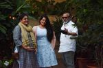 Pankaj Kapoor , Supriya Pathak & daughter Sanah Kapoor at Shahid Kapoor_s house in juhu on 7th Sept 2018 (1)_5b93833d2485e.jpg