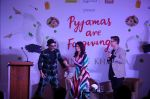 Ranveer Singh, Twinkle Khanna, Karan Johar at the Launch Of Twinkle Khanna_s Book Pyjamas Are Forgiving in Taj Lands End Bandra on 7th Sept 2018 (50)_5b93736eb8efa.JPG